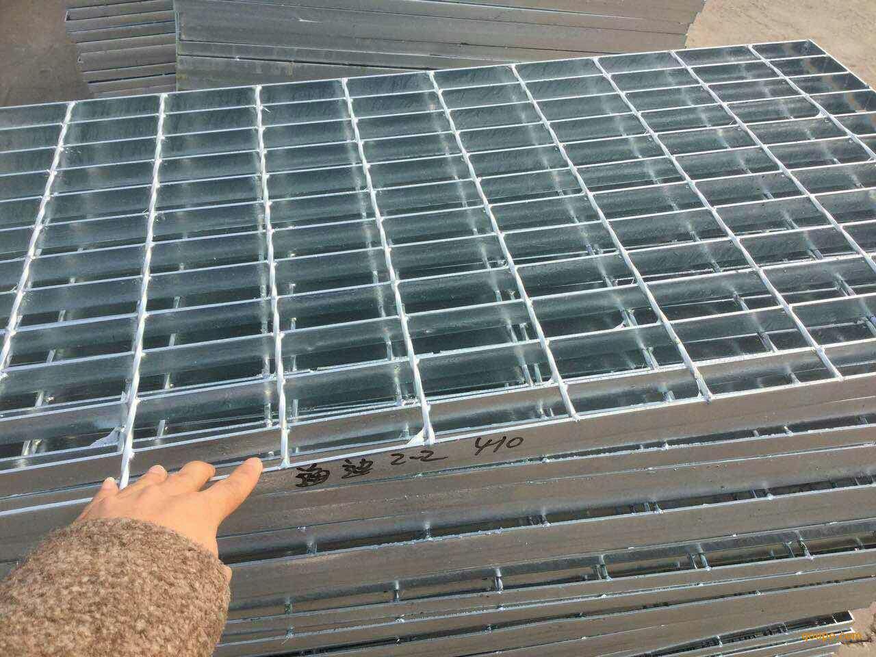 老钢格板厂加工定制各种型号钢格板