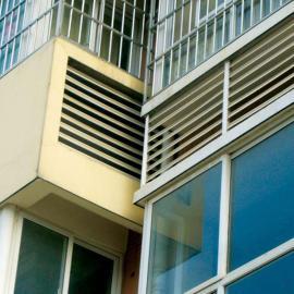 海口市锌钢百叶窗专业喷涂制造厂,琼海市防水锌钢百叶窗厂
