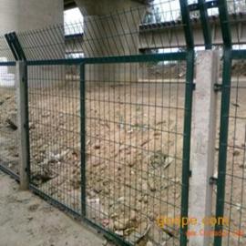 铁路防护栅栏_铁路防护栅栏厂家_铁路防护栅栏价格