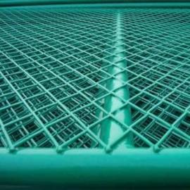 厦门1.8米高校园防护钢板护栏网厂家-高速防护菱形钢板网