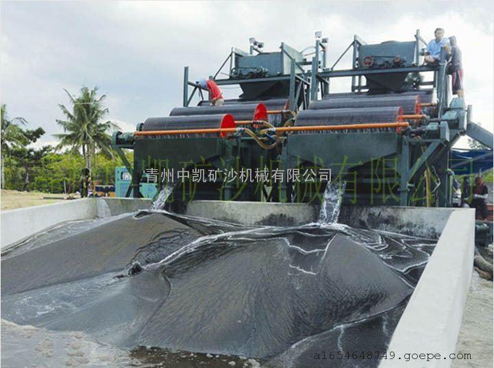 抽沙选铁设备、抽沙选铁船、铁砂磁选提取船、铁粉磁选提取船