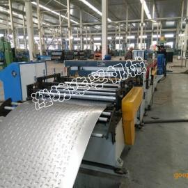 潍坊HF车厢板轧机冷弯成型设备车厢板成型设备