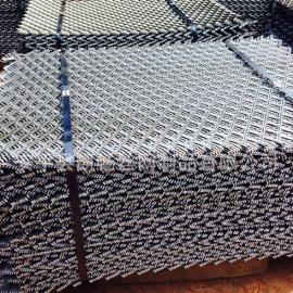 营口建筑高空踏板钢板网厂家折扣价 承重力强钢笆片全国发货