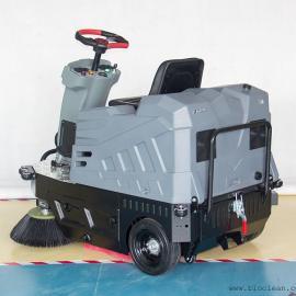 驾驶型扫地车-电瓶式中型扫地车