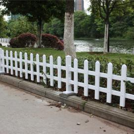 河南郑州PVC护栏厂 河南安阳PVC绿化栏杆 河南信阳护栏