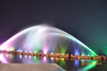 甘肃喷泉 喷泉水景 喷泉价格 喷泉设计图片