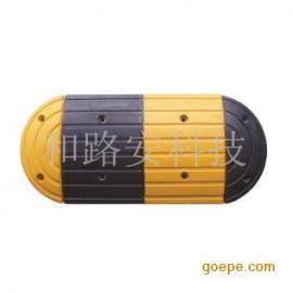 深圳龙城爱联小区大圆弧型减速坡安装生产厂家