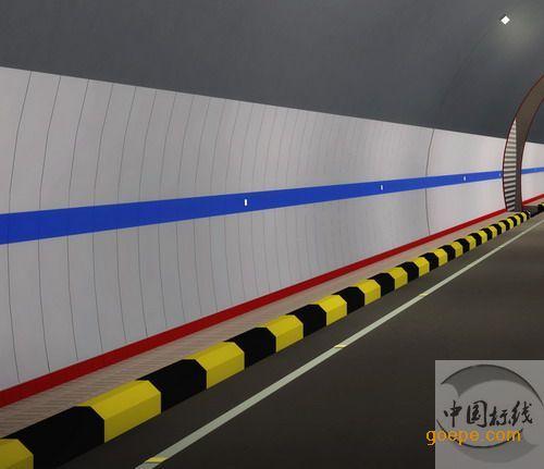 深圳道路黄黑标志线,安全岛黄黑相间警示,道路路牙黄黑警示线