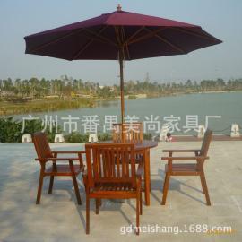 休闲景区实木桌椅+太阳伞组合户外家具