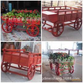 实木花车款式新颖 适用于花园小区 楼盘景区 防腐木花车