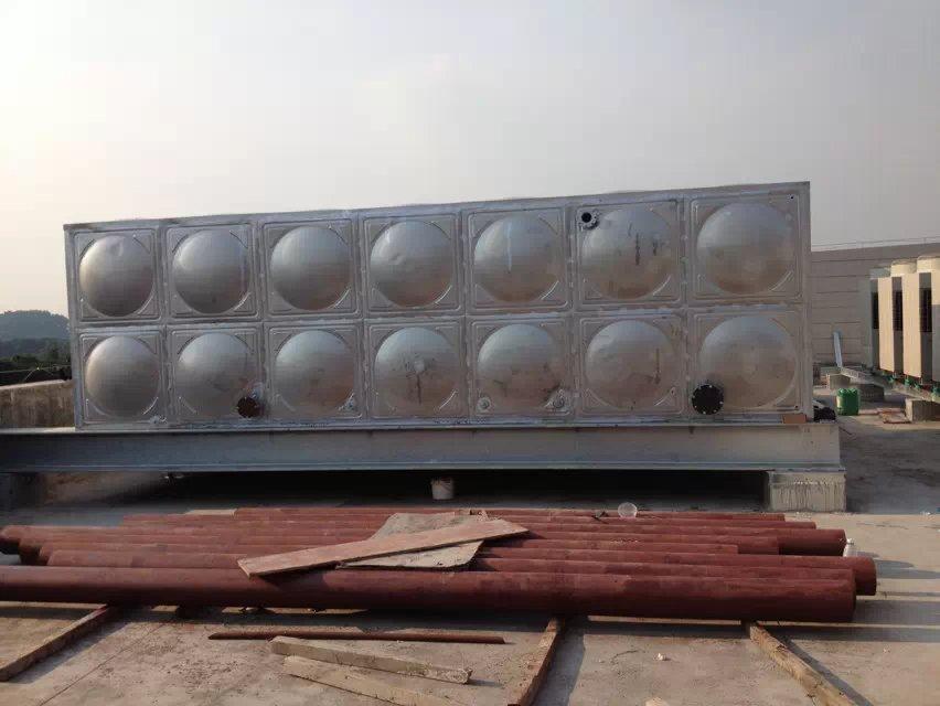 不锈钢水箱厂家,承接各尺寸型号的水箱供应与安装