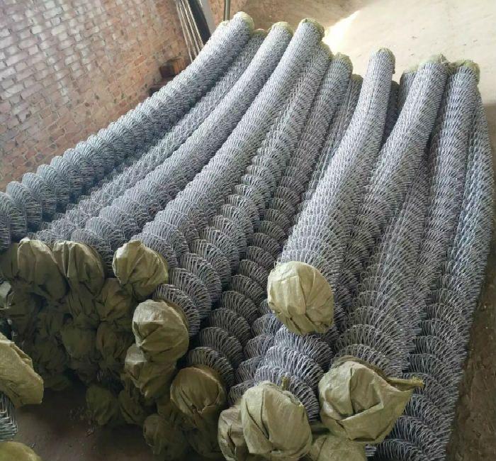 煤矿专用网生产厂家-银川煤矿勾花网-拧边镀锌铁丝网