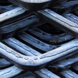 【清远钢板网】清远菱形重型钢板网清远金属板网厂