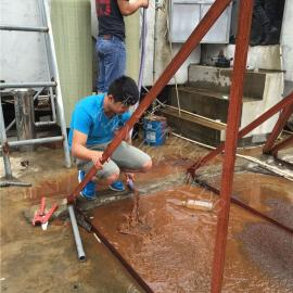 地下水除铁锰设备更换滤料现场