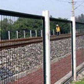 铁路桥下护栏
