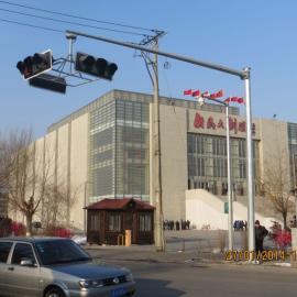 辽宁监控杆生产厂家,辽宁电子*.*/*杆生产厂家,沈阳圣泽丰交通设