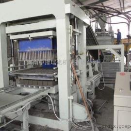 QTJ9-24型砌块机生产出的砌块密度好、强度高