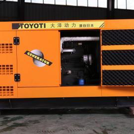 带减震垫100KW箱体式柴油发电机