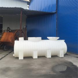 卧式5吨塑料储罐 5000L聚乙烯卧式槽罐供应