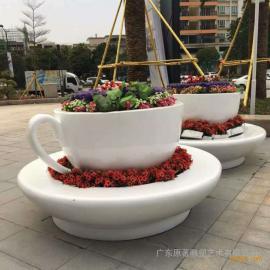 广东原著玻璃钢商场雕塑厂家 玻璃钢咖啡杯花盆 商场雕塑设计