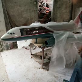 东莞雕塑厂家供应玻璃钢飞机雕塑 直升机雕塑制作 军事飞机雕塑批