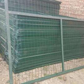 绿色C30Y型柱护栏网