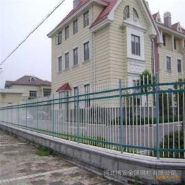 市政园林绿色围栏网加工组装流程