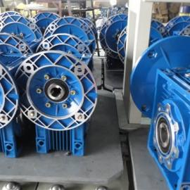 RV减速机 蜗轮蜗杆减速箱(安装灵活、使用方便、低噪音)