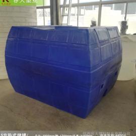 5方卧式一次成型储罐5吨车载灌溉水箱厂家直销