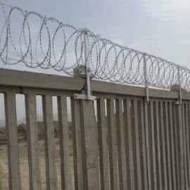 铁路防护栅栏刺丝滚笼