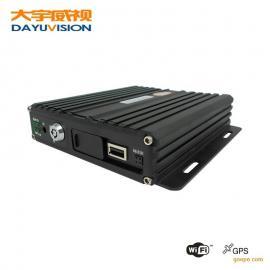 带GPS定位的4路高清AHD车载录像机SD卡车载录像机