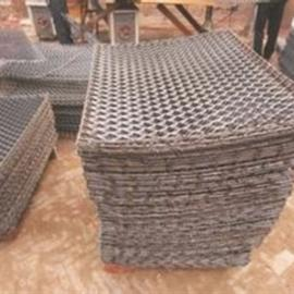 攀枝花防滑耐磨喷漆钢笆片尺寸可定做-外墙脚踏板应用广泛