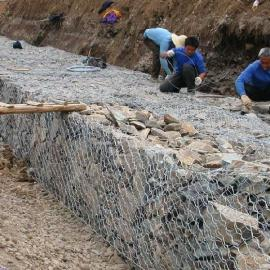 兰州石笼钢丝网箱/加工喷播植草六角铁丝网-边坡主动防护网厂家