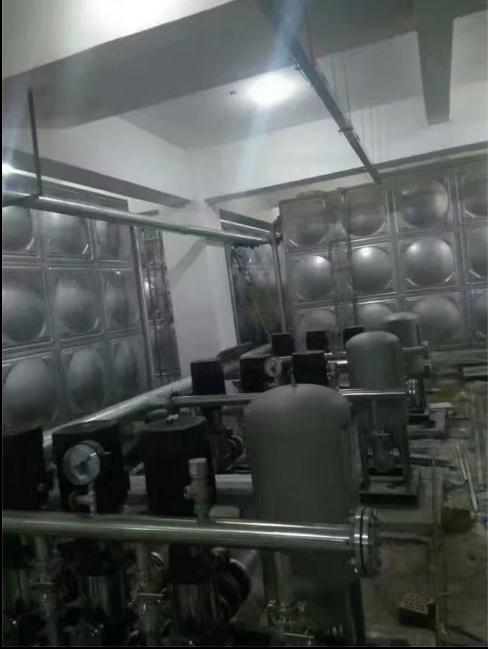 新区恐龙园100吨不锈钢水箱组 甘肃大有