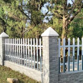 扬州停车场围墙护栏-扬州工厂小区院墙护栏-塑钢庭院围栏