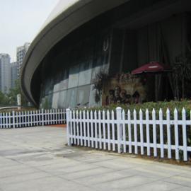 赣州全南县PVC塑钢护栏-于都县PVC施工围挡-变压器护栏