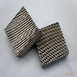 堇青石金属分蜂白瓷触媒 工业有机边角料清灰燃烧触媒