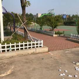 淮北人:淮北PVC护栏厂――淮北草坪护栏厂淮北自己的厂家