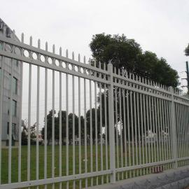 湛江锌钢阳台护栏铁艺围栏 小区锌钢栅栏生产商