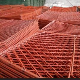 新式专业生产镀锌钢板网|钢板菱形踏板做脚手架钢笆防护网厂家