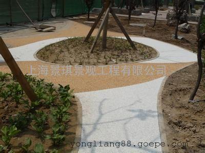 彩色地坪透水介绍|渗水混凝土利益及适用范围