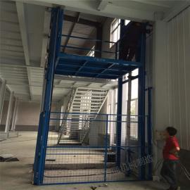 供应银川金万通牌链条式升降机导轨升降货梯2吨小型升降平台
