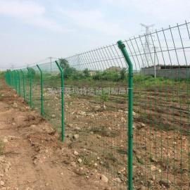 河北玛特达道路机场防护网护栏网耐用双边多规格护栏网