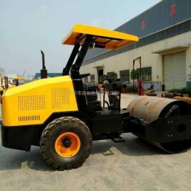 6吨压路机 轮胎式6吨压道机压实性能出色