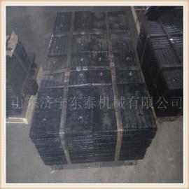 东泰机械运用进口焊丝进行堆焊耐磨板,双金属堆焊耐磨板