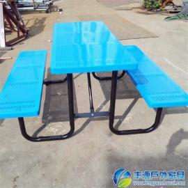 广东铁艺休闲桌椅价格