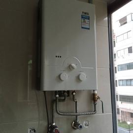 专业维修清洗热水器