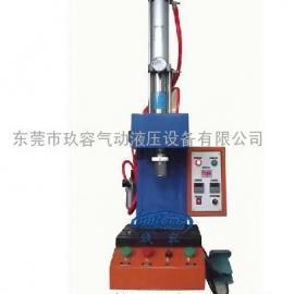 气液增力压铆设备