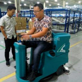 工厂环氧地坪用T90驾驶式洗地机