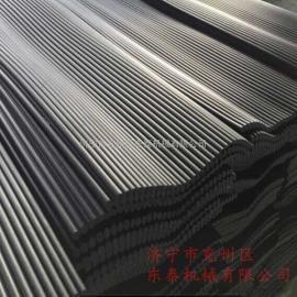 回采是矿井生产中产尘量最高的生产工艺,特制作柱状挡尘帘降尘
